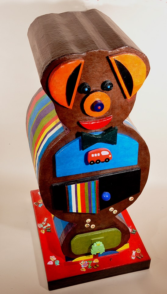 ours en carton